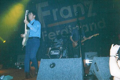Franz Ferdinand live 2004