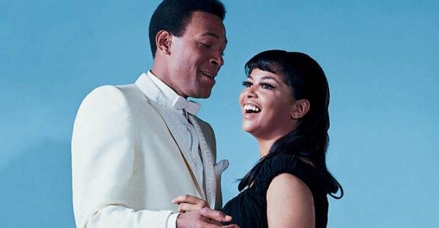 "Marvin Gaye & Tammi Terrell Sing ""Ain't No Mountain High Enough ...: http://popcorntimeforandroid.com/blog/marvin-gaye-tammi-terrell-aint-no-mountain-high-enough-.html"